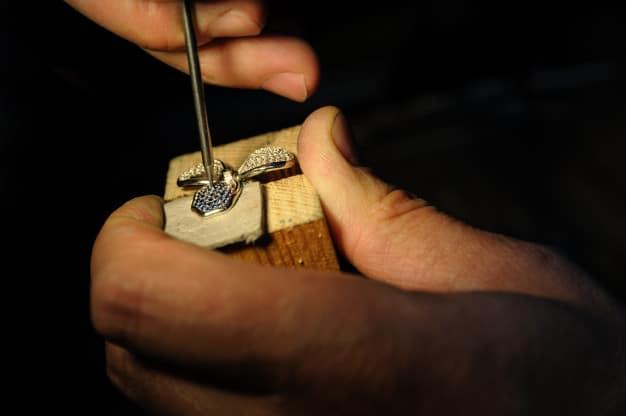 Craft jewelery making Premium Photo