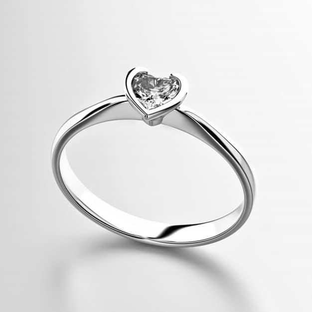 Heart shape diamond ring isolated on white background Premium Photo