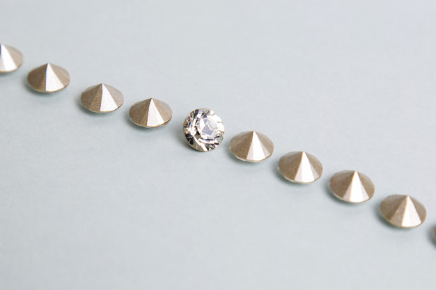 Little pieces of diamonds Free Photo